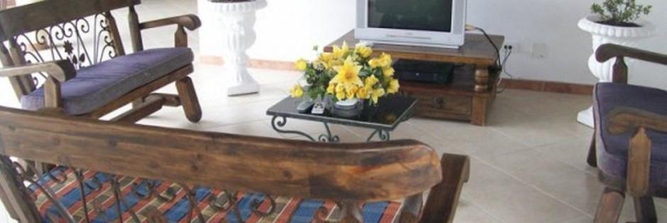 Sala de televisión.  Fuente: Finca Hotel Pueblo Bello Fanpage Facebook
